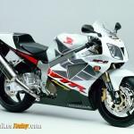 Honda-VTR-02_lge