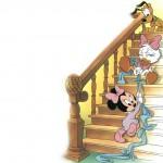 bebes-disney-subindo-a-escada_1715_1024x768