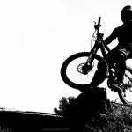 bike-Papel-de-Parede-Bicicleta-branco-e-preto_1280x800
