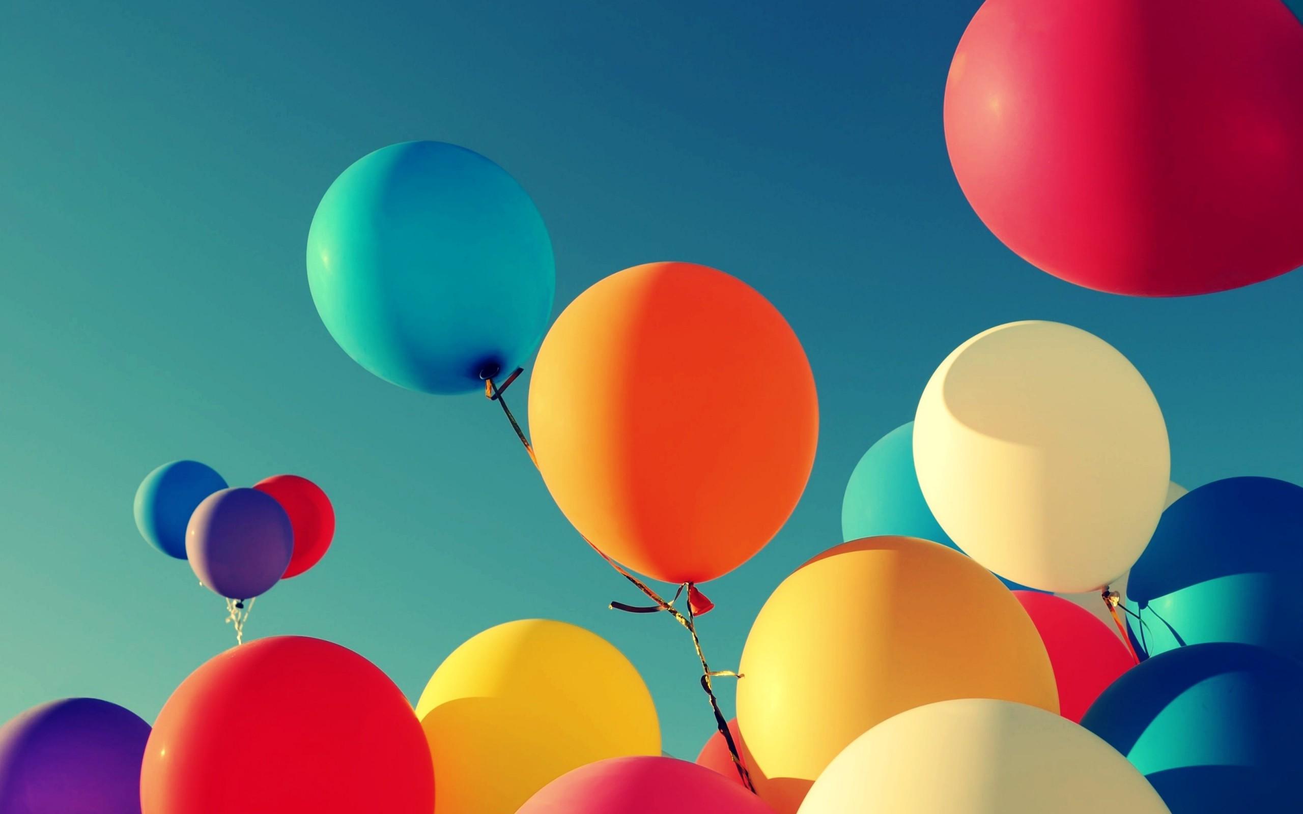 free-balloon-wallpaper-2560x1600